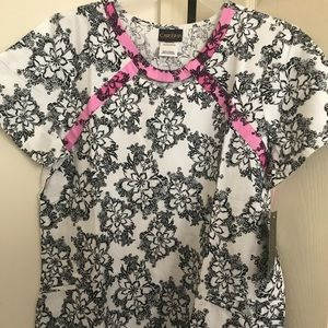 Tops - New Scrub Top, Size Large